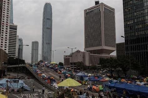 section 37 highways act hong kong protest founders to surrender urge students