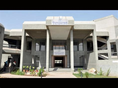 Mba Colleges In Gandhinagar by Iit Gandhinagar Invites Applications From Foreign Students