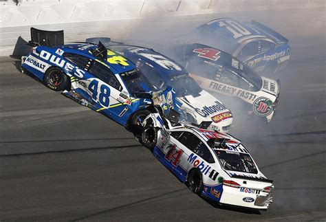 daytona races these car wrecks kept 15 nascar drivers from finishing the daytona 500 for