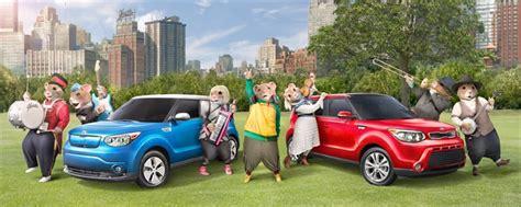 Kia Soul Hamster Commercial 2009 Kia Soul Hamster Ads Vs Jim Gaffigan 2017 Chrysler Pacifica
