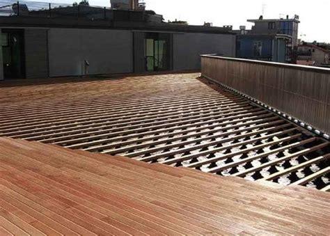 pavimento da esterno in legno pavimenti in legno per esterni
