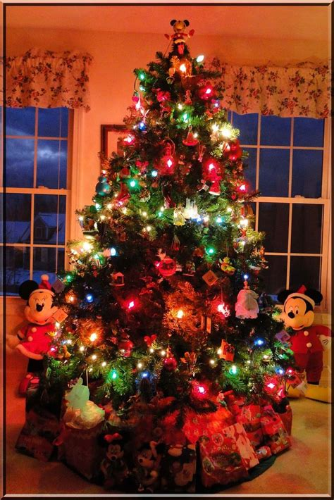 so the den christmas 17 best images about displaying decorating with hallmark keepsakes on
