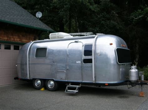 Kitchen Settings Design by 187 Airstream