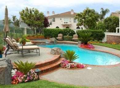 pools in backyards id 233 es d 233 co pour une piscine dans l air du temps piscine org