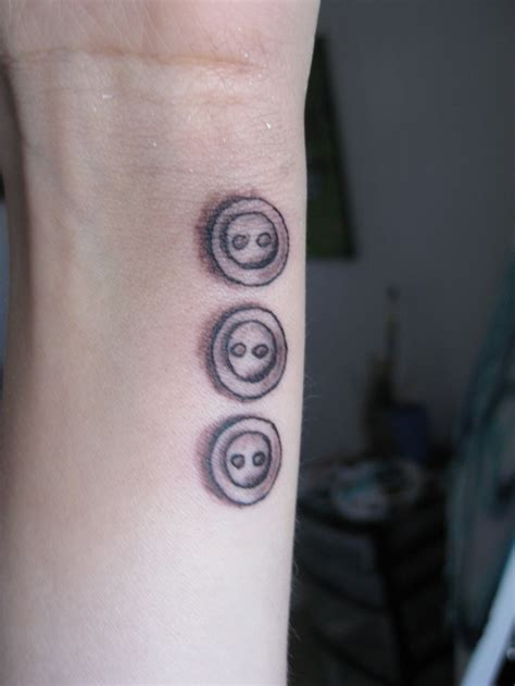 sister tattoo ideas for 3 best 25 three tattoos ideas on