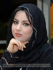 Modern iranian latest fashionable hot and sexy girls photos in stylish