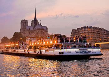 bateau mouche river cruise paris book a cruise on the river seine bateaux mouches 174