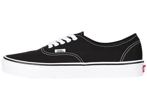 sneakers yang bisa dipake ke sekolah supaya kamu tetap