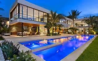 Design House In Miami la maison de luxe vue d ext 233 rieur de nuit luxe vacances villas