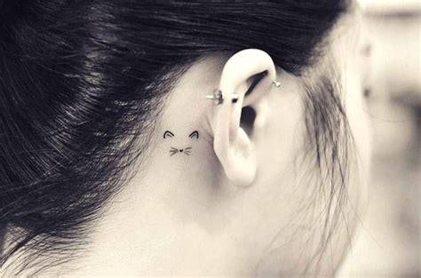 small cat tattoo behind ear best 25 unique animal tattoos ideas on henna