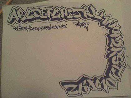 draw    graffiti  graffiti art design