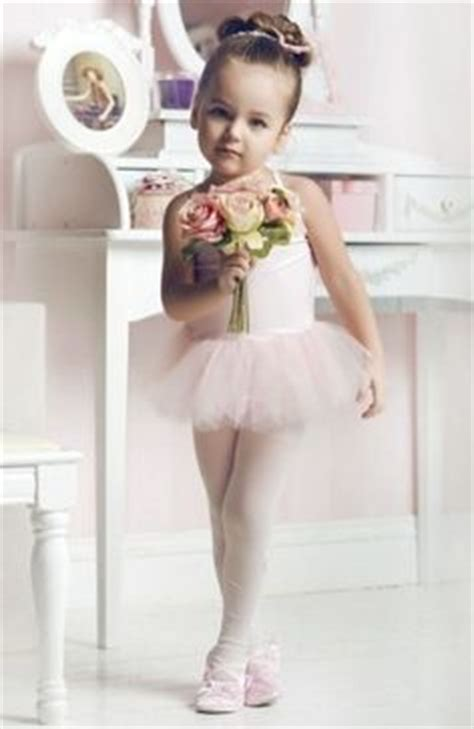 indulgy everyone deserves a perfect world little ballerina girl on pinterest little ballerina