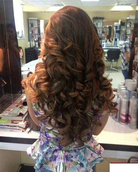cute hair styles with the ends curled 30 cute long curly hairstyles hairstyles haircuts