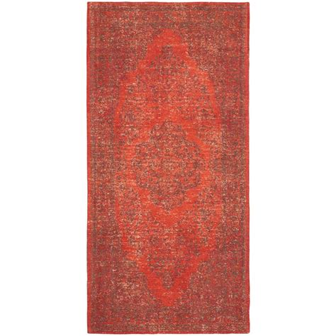 Safavieh Classic Vintage Red 2 Ft 4 In X 4 Ft 8 In 4 X 8 Area Rug