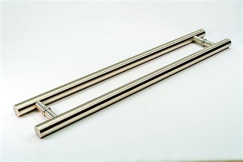 Exterior Door Pull Handles Roosevelt Modern Contemporary Door Pulls Handles For Entry Entrance Gate Wood Chrome