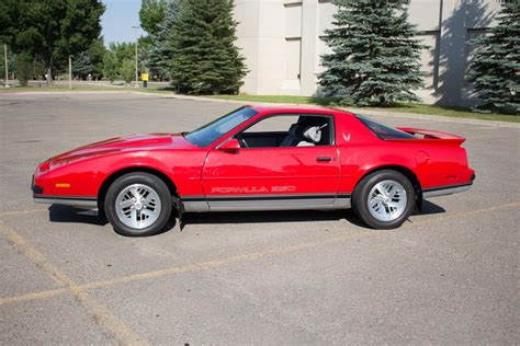 1988 Pontiac Firebird Formula by Pontiac 350 Driverlayer Search Engine