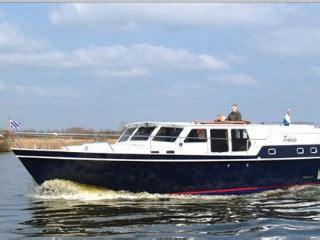 motorboot sneek motorboten yachtcharter sneek bootverhuur nl