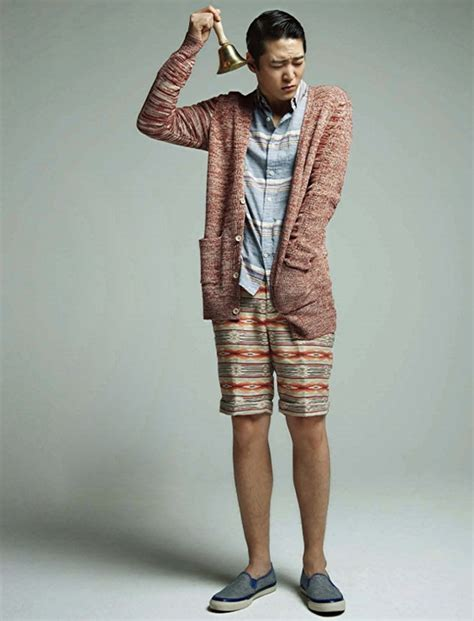 Pakaian Isyana Dress foto joo won di majalah esquire korea edisi maret 2013