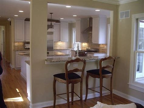 breakfast bar between kitchen and living room 25 best ideas about small breakfast bar on breakfast bar between kitchen and living