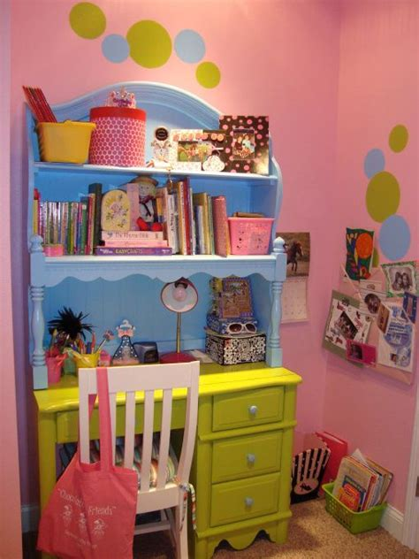 8 year old girl bedroom polka dot bedroom this 8 year old girls bedroom is bright funky and perfect for