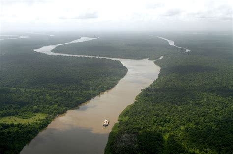 geography facts   amazon river