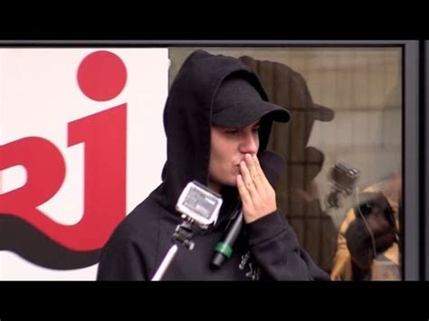 the fan radio station justin bieber cheering the fans at nrj radio station in