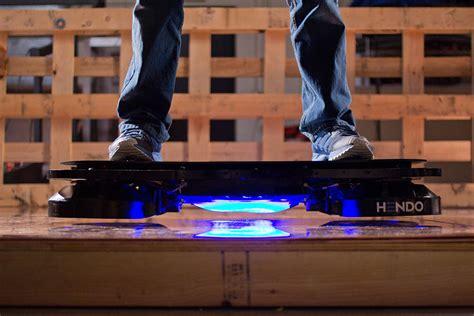 skateboard volante skate volant le premier hoverboard bien r 233 el est bient 244 t