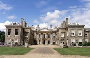 princess diana s childhood home on the althorp estate goes