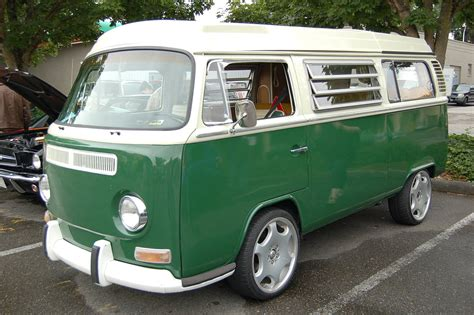 volkswagen green volkswagen bay window bus paint color sles from