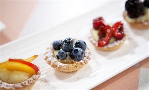 pasticcini mignon fatti in casa pasticcini mignon alla frutta piccole delizie da gustare