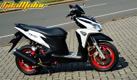Hoda Vario 125 Modifikasi by Modifikasi Honda Vario 125 Fi 2012 Kombinasi Supercharger