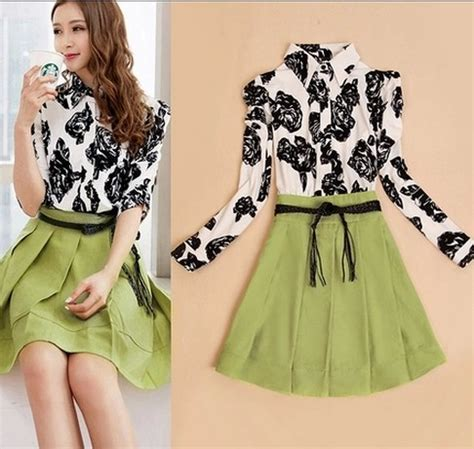 Mock Two Floral Dress mock two pieces half sleeve floral print dress pleated