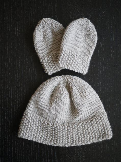 free baby mittens knitting pattern 25 best ideas about baby mittens on diy baby