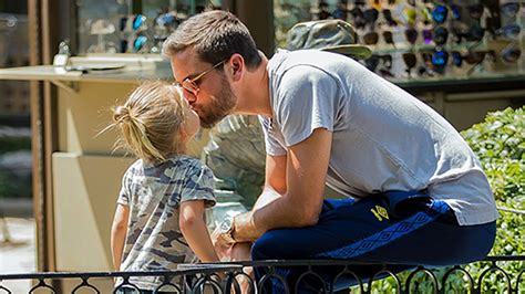 celeb dads celeb dads kissing their kids see pics hollywood life