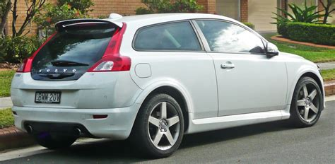 volvo hatchback 2002 fil 2008 2009 volvo c30 t5 hatchback 02 jpg