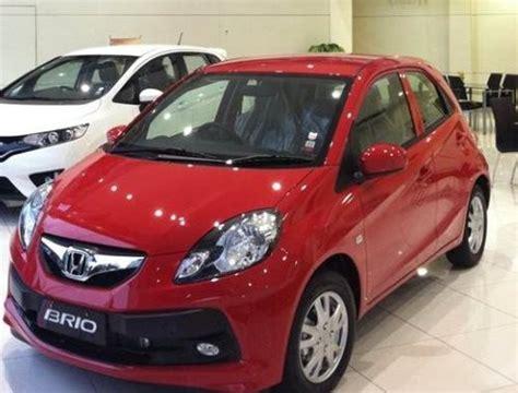Honda New Brio Satya E M T modifikasi honda brio satya promo harga mobil honda 2018