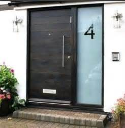 Modern Glass Front Door 26 Modern Front Door Designs For A Stylish Entry Shelterness