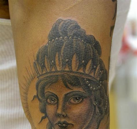 queen head tattoo chris paez some of that