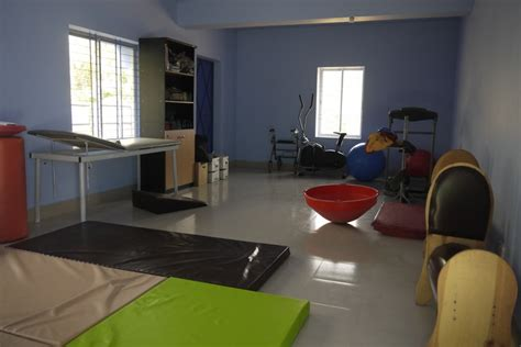 physio room physiotherapy room interior design healthcare