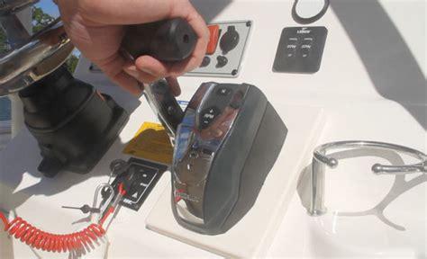 Helm G2 Exterminator evinrude e tec g2 250 hp outboard system 2014 engine test reviews specs fast