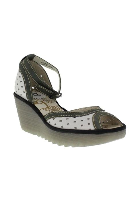 Wedges F 146 White fly white cut out wedge from chapel hill by new horizons trading company shoptiques