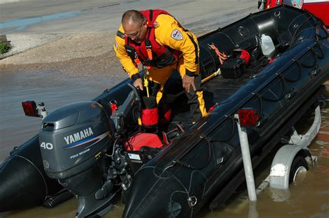 inflatable boats houston inflatable boats triad marine kemah tx