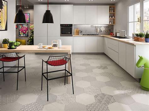 piastrelle cucina gres porcellanato pavimento esagonale in gres porcellanato bee iperceramica