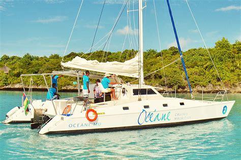 catamaran mauritius lagoon oceane cruises catamaran cruises in mauritius
