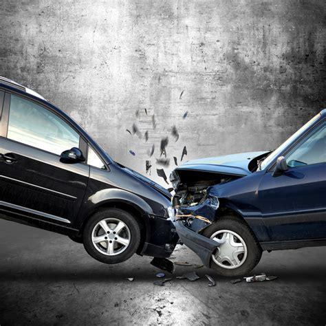 Kfz Versicherung G Nstiger Bei Schwerbehinderung by Huk Coburg Und Allianz Im Vergleich Welche Kfz