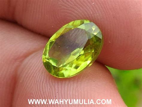 Batu Akik Permata Peridot batu permata warna hijau peridot kode 364 wahyu mulia