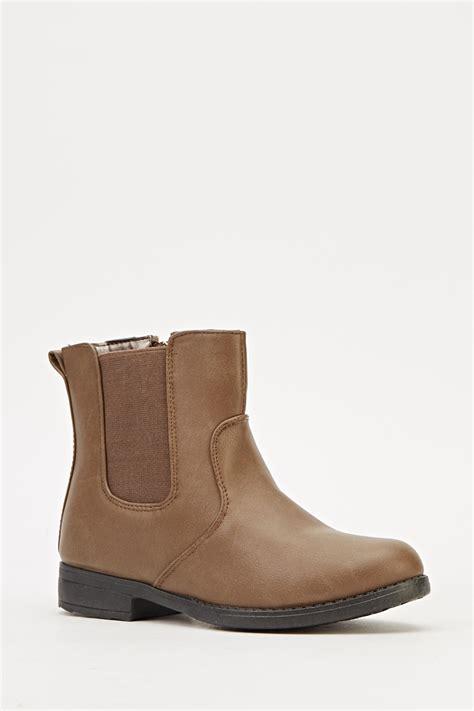 khaki classic boots just 163 5