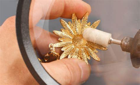 cadenas de oro limpiar como limpiar las joyas de oro y plata coraz 243 n de joyas