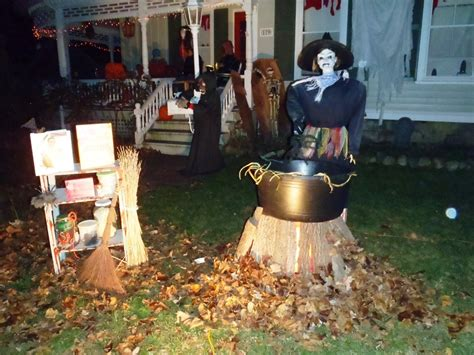 35 best ideas for halloween decorations yard with 3 easy tips spooky halloween decoration ideas and crafts 2015