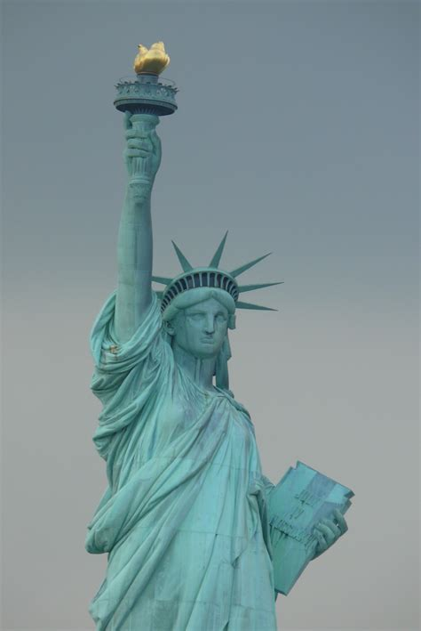 lade liberty file statue of liberty 20 jpg wikimedia commons